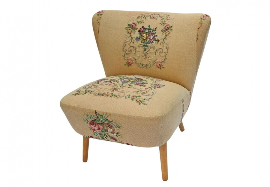 Gillyflower Artifort Armchair 2014